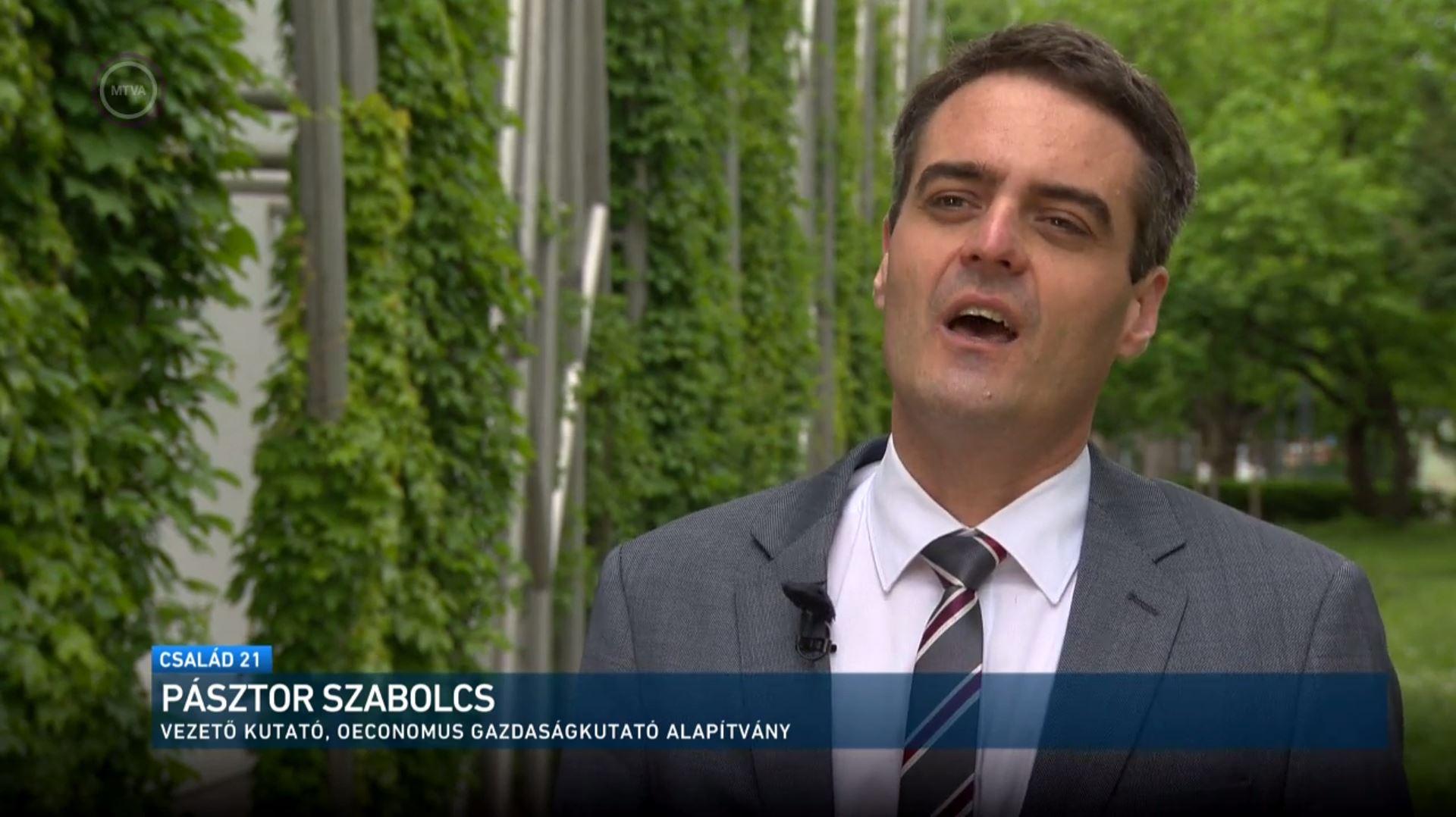 A hitelmoratóriumról beszélt Pásztor Szabolcs az M1 Család21 című műsorában 2021. május 30-án.